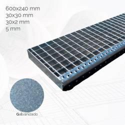 peldano-tramex-600x240mm-m30x30-f30x2-r5-gl